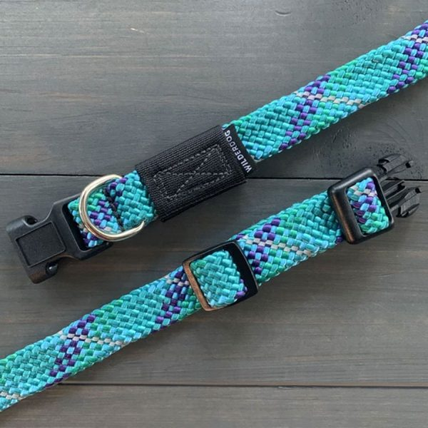 blue purple Collars made of climbing rope that glow when reflecting light