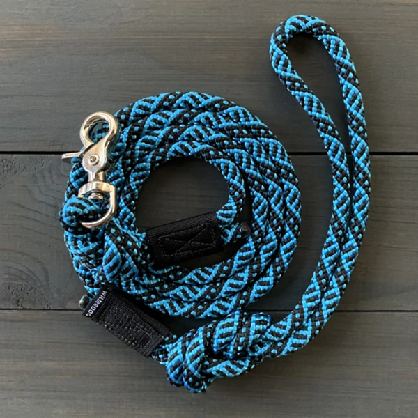 Teton Blue Leash made of climbing rope with swivel clip