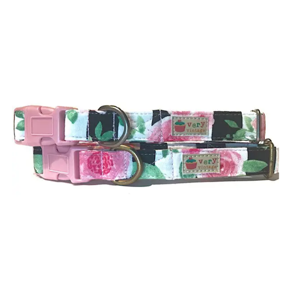 A dog collar with a rose design