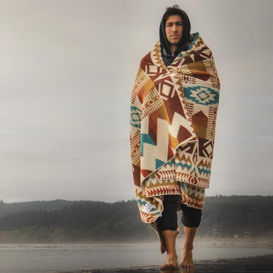 Awa-Sand-Storm-Blanket